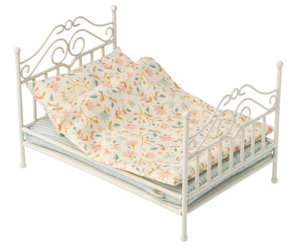 cama clasica maileg