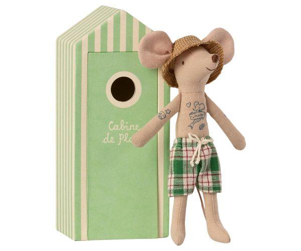 Papá ratón en cabina de playa 3