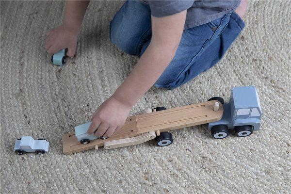Camión de juguete transporte de coches 3
