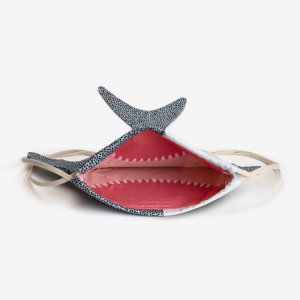 Bebé tiburón 2